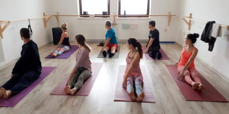 Kurz jogy v El Academy v Penzinku